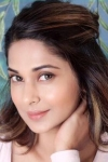 Jennifer Winget Bio