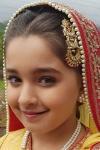 Naisha Khanna Biodata