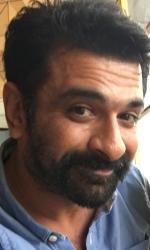 Eijaz Khan Wiki, Bio